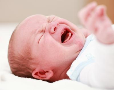 De ce plange bebelusul meu?